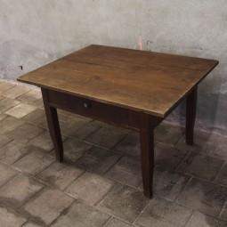 Eiken 19e eeuwse tafel