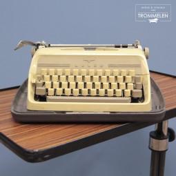 Adler typemachine