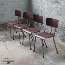 Set industriële schoolstoelen