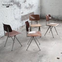 Set industriële Galvanitas stoelen