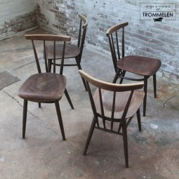 Set van 4 spijlen stoelen