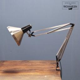 Hala scharnierlamp