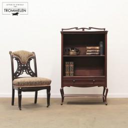 Jugendstil boekenkast