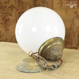 Franse opaline hanglamp