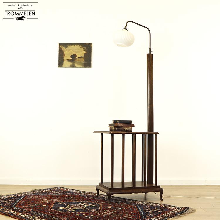 Antieke tafellamp