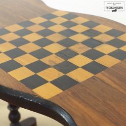 Antieke schaaktafel