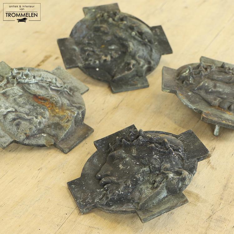 Bronzen plaquettes