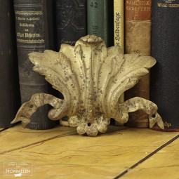 Antiek kuifornament