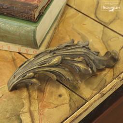 Acanthus ornament