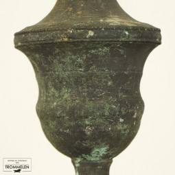 Fioel ornament