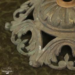 Antieke plafondkap