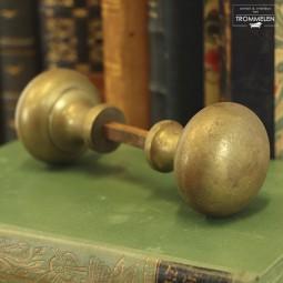 Antieke deurknoppen